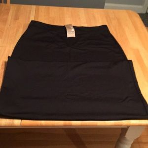 Sahalie black stretchy skirt